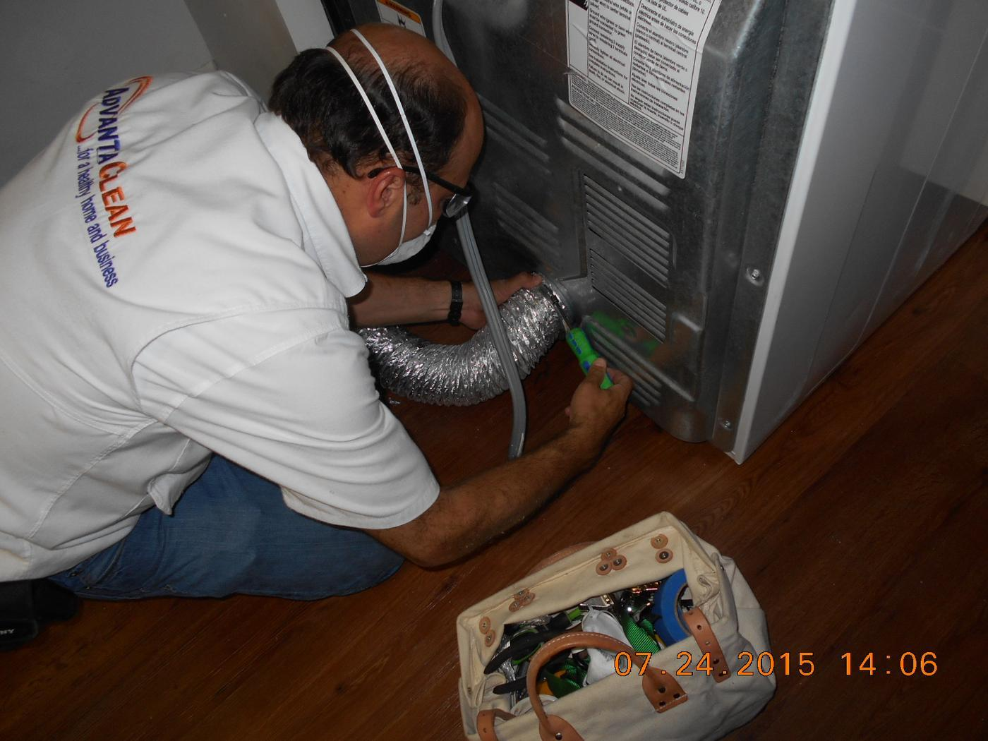 owner, Juan, does a dryer vent cleaning for a whole apartment complex in Miramar, FL